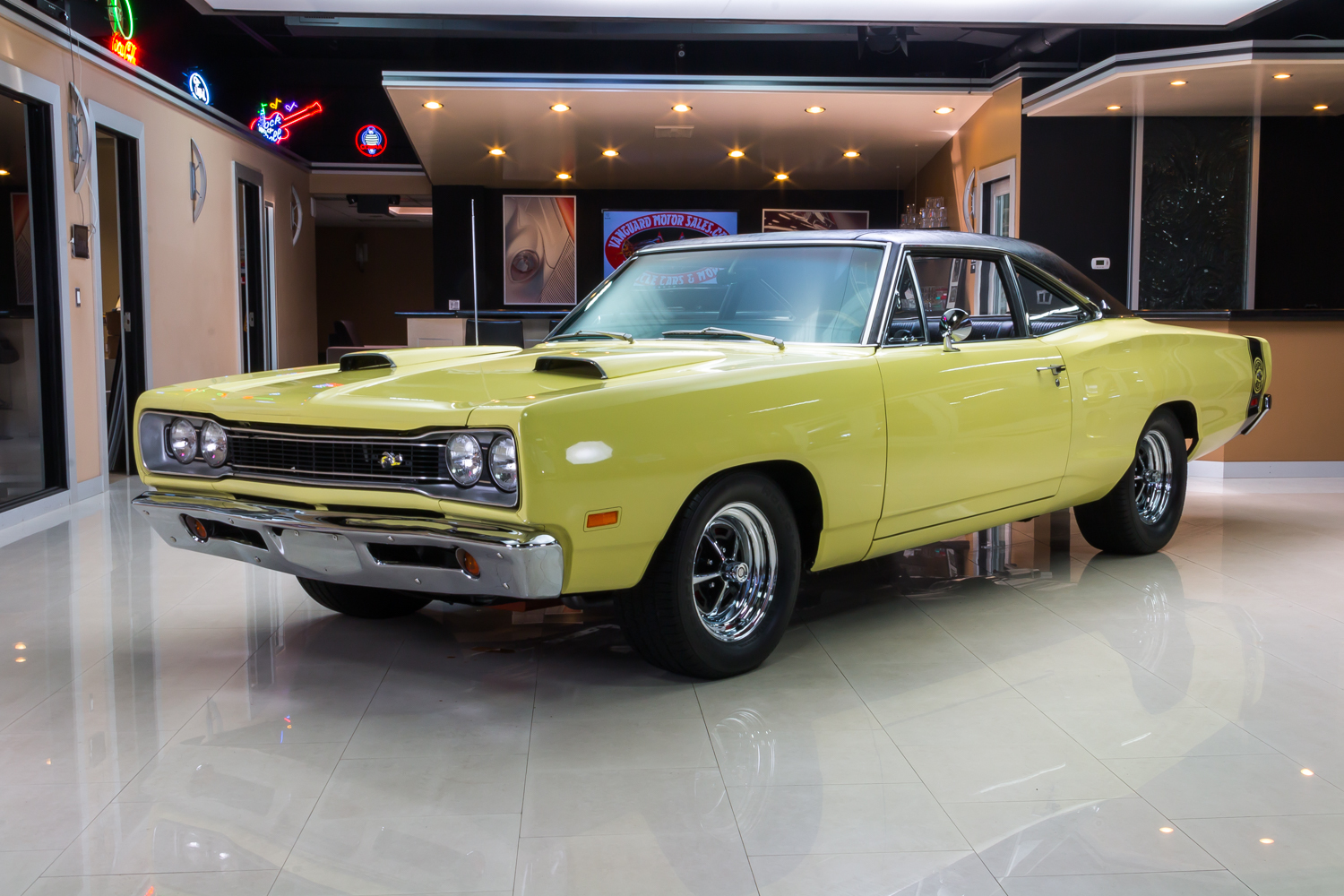 279593_1969_dodge_coronet__yellow_6918_rs1